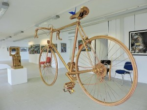 Exhibit A - The missing golden bike