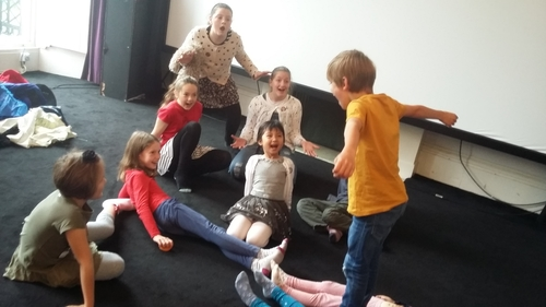 CHILDREN (5+) French Bilingual Theatre Classes