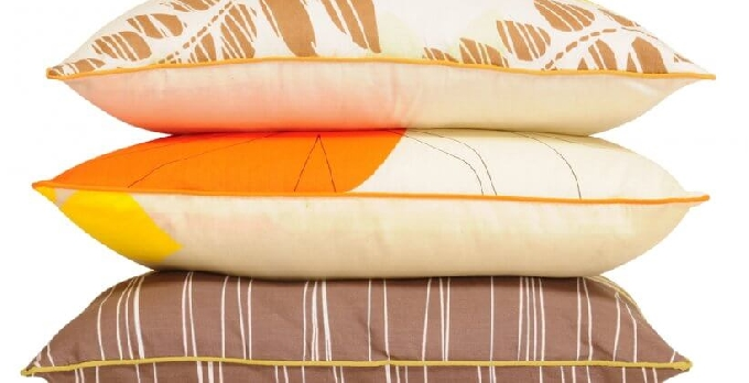 Cushion-making with Zips and Piping