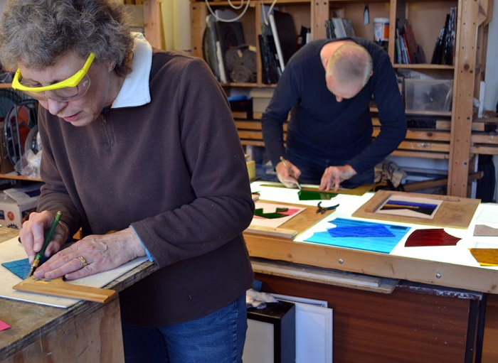 STAINED GLASS WEEKEND WORKSHOPS FOR BEGINNERS